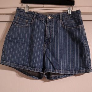 Zara High Waisted Mom Jean Shorts